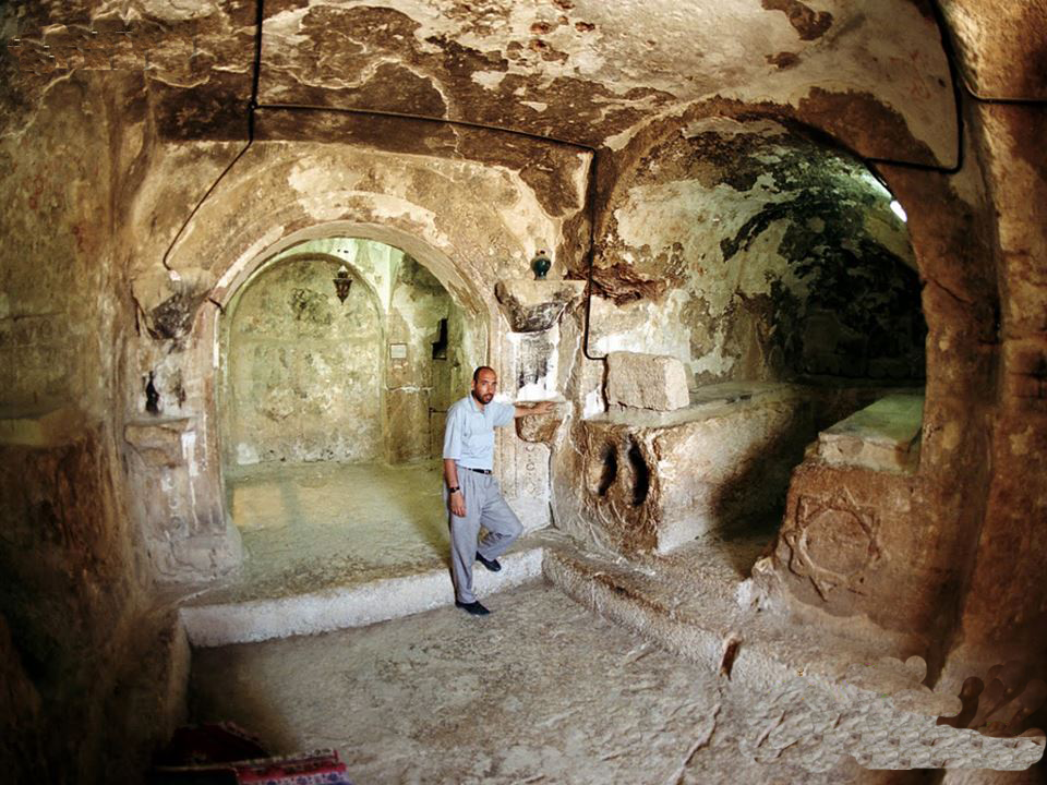 alkaf-cave-where-ashab-e-kahf-took-refuge-and-some-of-their-tombs-are-visible