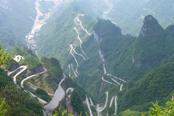 places to explore in china - The Avenue Toward Heaven