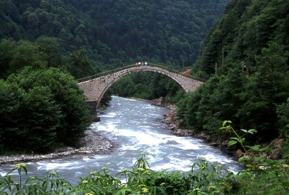 firtina-river-stream-camlihemsin-turkey-bridge-landscape